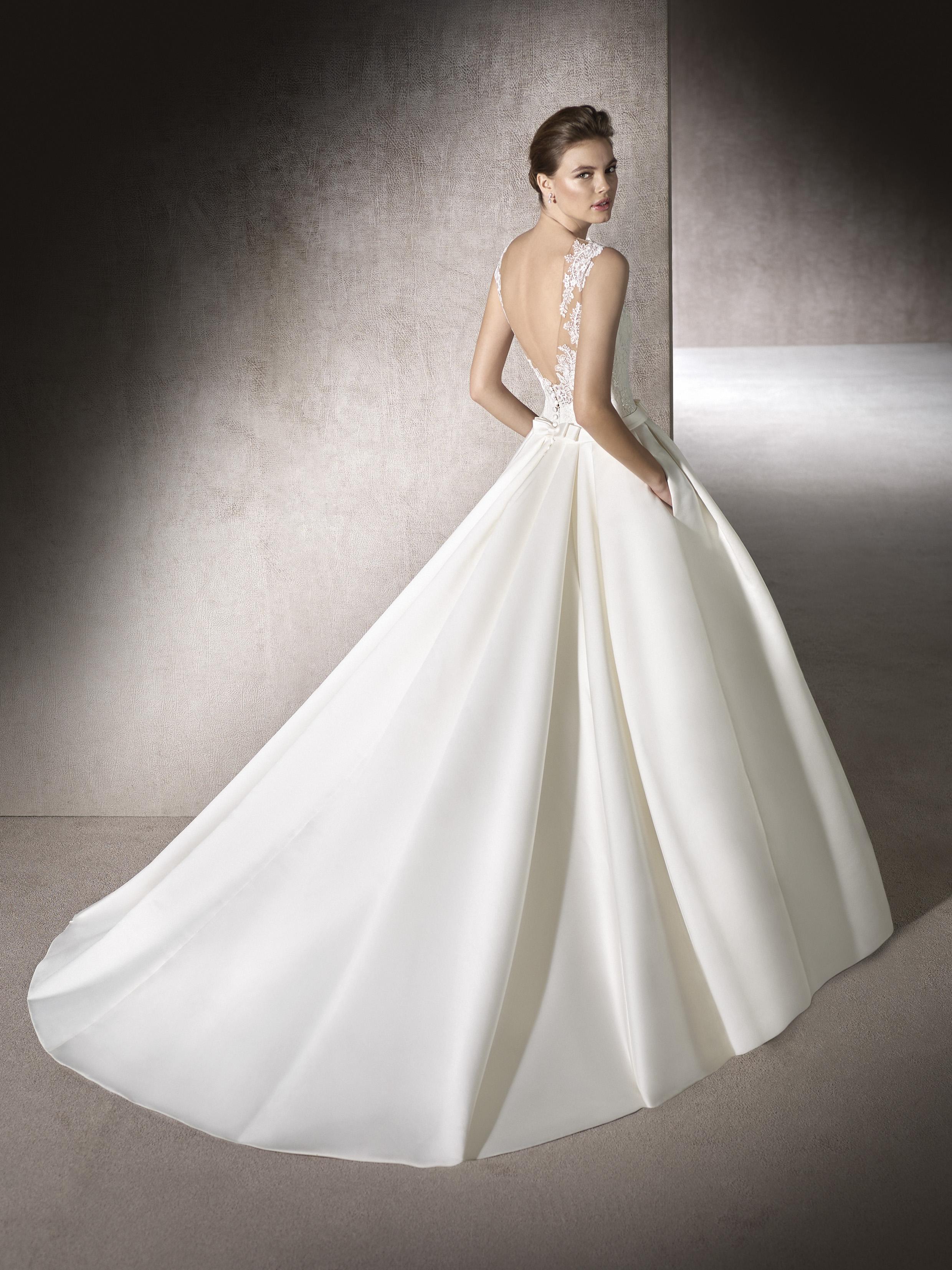 Vestidos de novia largos sin vuelo