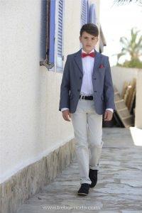 Vestidos de primera comunion modernos para ninos